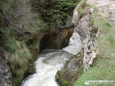 Salto del Nervión - Salinas de Añana - Parque Natural de Valderejo;bosques en madrid mejores rutas